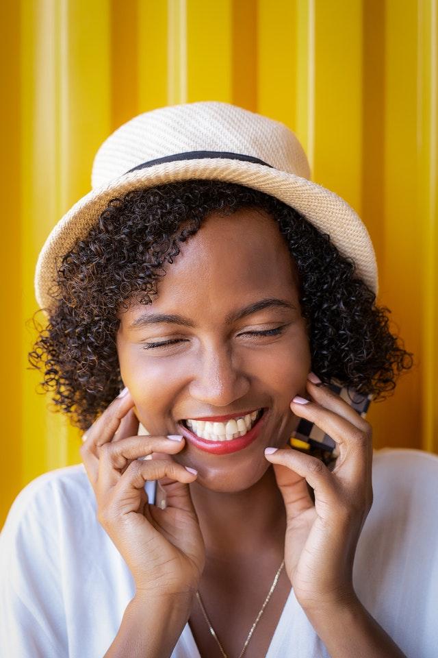 Le sourire rend beau et heureux Blog Je Suis ce que Je Suis-libre © Nasra