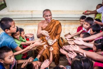 Donner-LAmour est la clé- Je Suis ce que Je Suis-libre Blog © Suraphat Nueaon